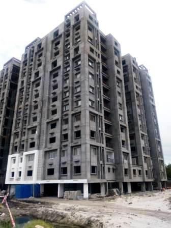 Block 30: Flooring of 1st  & 12th floor has been completed as on 28/12/2019