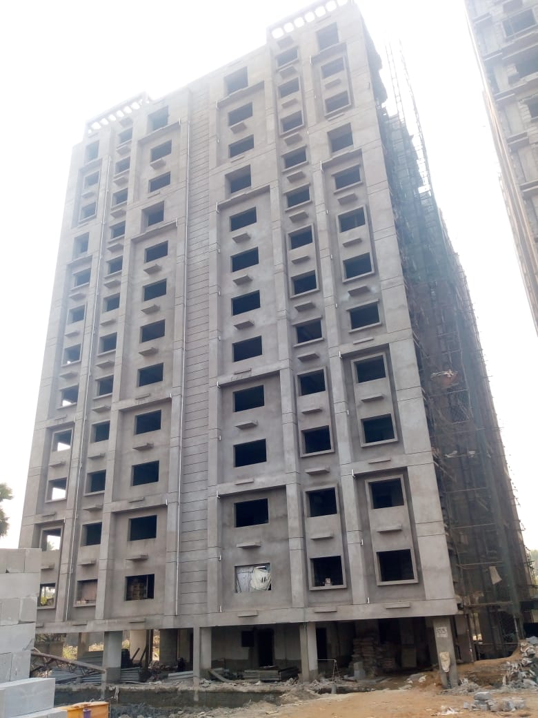 Block 33:  Flooring complete upto 10th Floor & 50% plaster complete as on 1/12/19