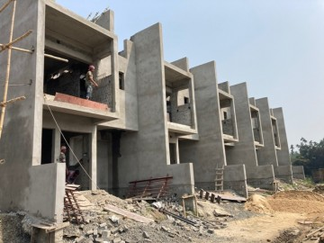 CLUSTER 15 (ROW HOUSE NO. 211-215):  Foundation/Ground floor slab casting, 1st  floor slab casting and Roof slab casting of row house no. of 211,212,213,214 & 215 has been completed. Above roof work a
