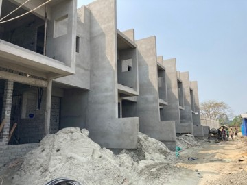 CLUSTER 16 (ROW HOUSE NO. 187-191):  Foundation/ Ground floor slab casting, 1st floor slab casting and Roof slab of 187,188,189,190 & 191 has been completed. Above roof work and plastering work in pro