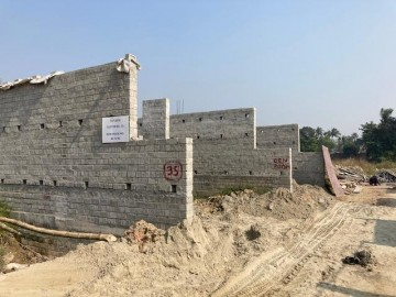 CLUSTER 35 (ROW HOUSE NO. 82-83): Foundation has been completed. Brickwork (upto 1st floor) in progress as on 1.03. 2021.