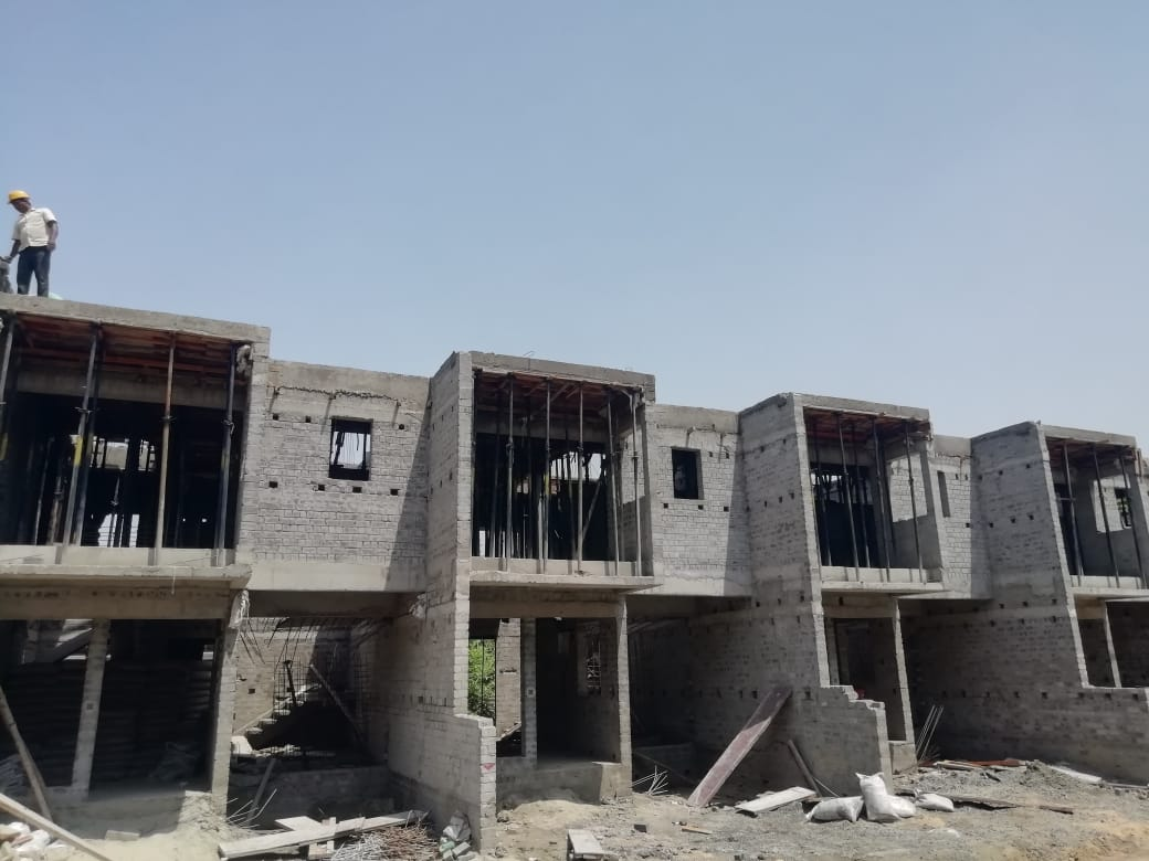 roof slab casting of row house no. 5, 6, 7 and 8 have been completed as on 1.04.2021