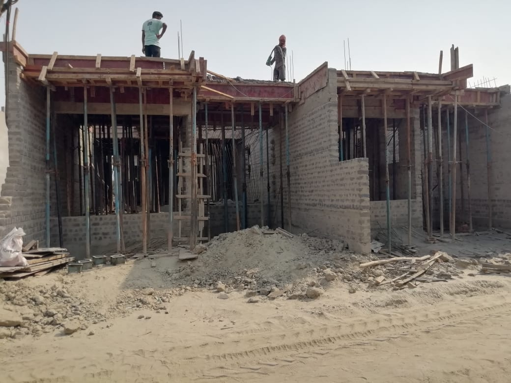 1st floor slab casting of row house no. 148 and 149 have been completed as on 05.04.2021