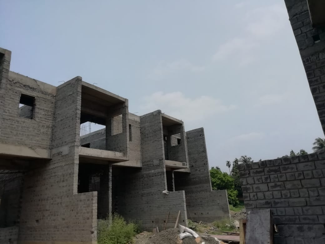 roof slab casting of row house no. 134 and 135 have been completed as on 08.04.2021