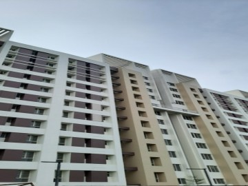 Block-4 : Flat handover process going on as on 01.08.2021